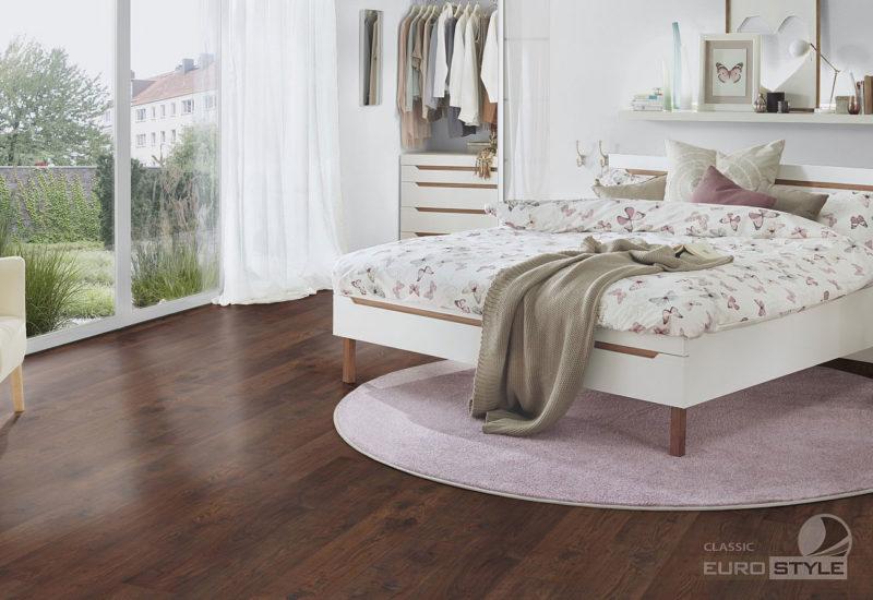 EUROSTYLE Antique Chestnut Classic Laminate Flooring
