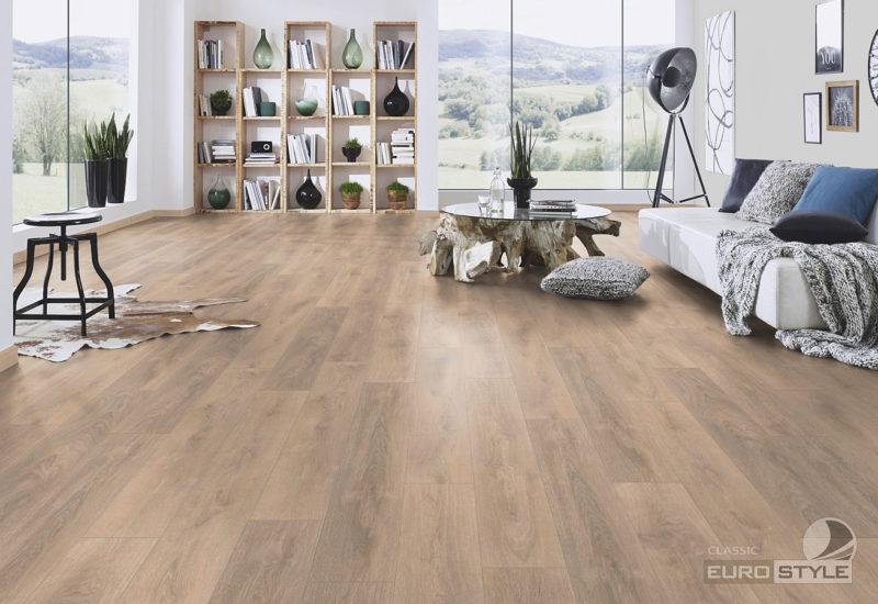 EUROSTYLE Blonde Oak Classic Laminate Flooring
