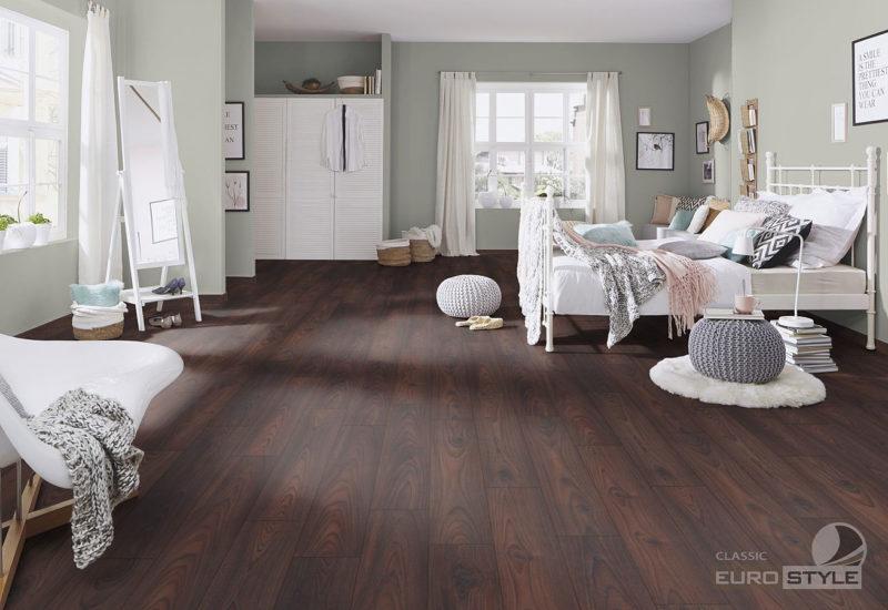 EUROSTYLE Burnished Teak Classic Laminate Flooring