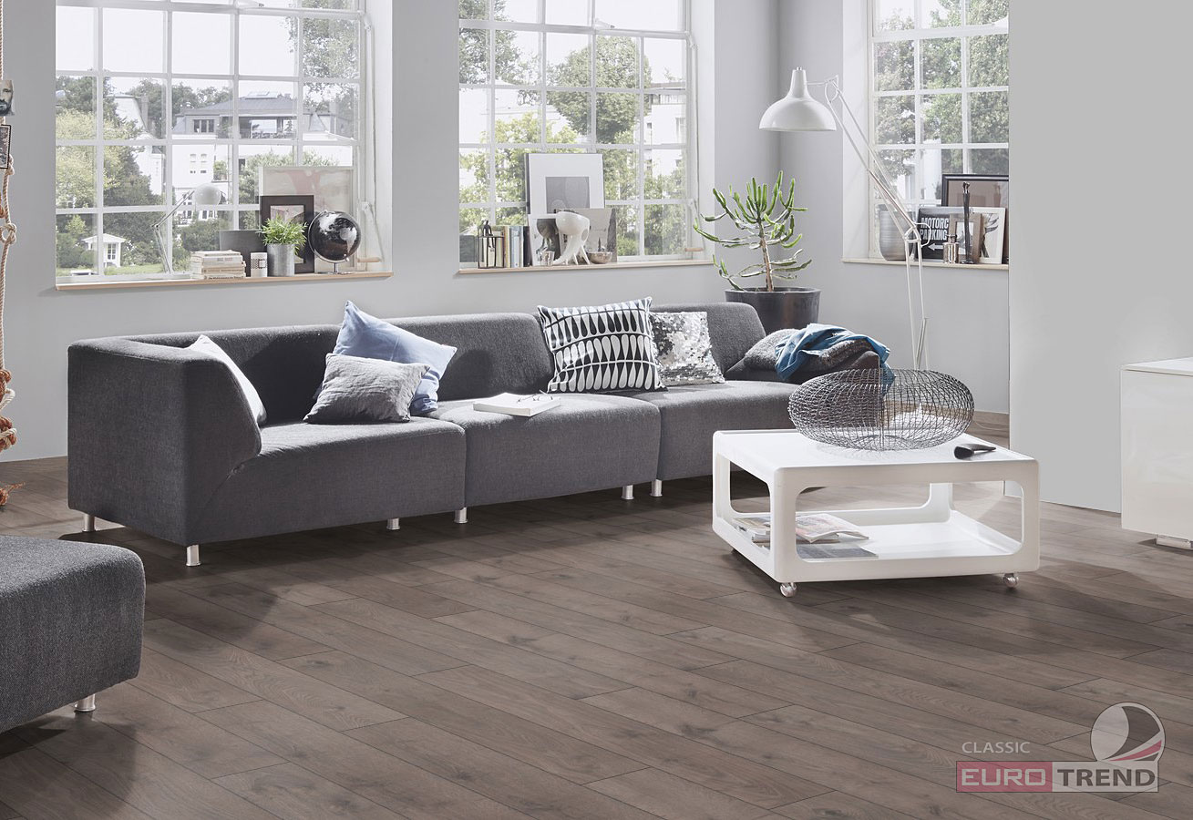 Perfect EUROTREND San Diego Oak Classic Laminate Flooring