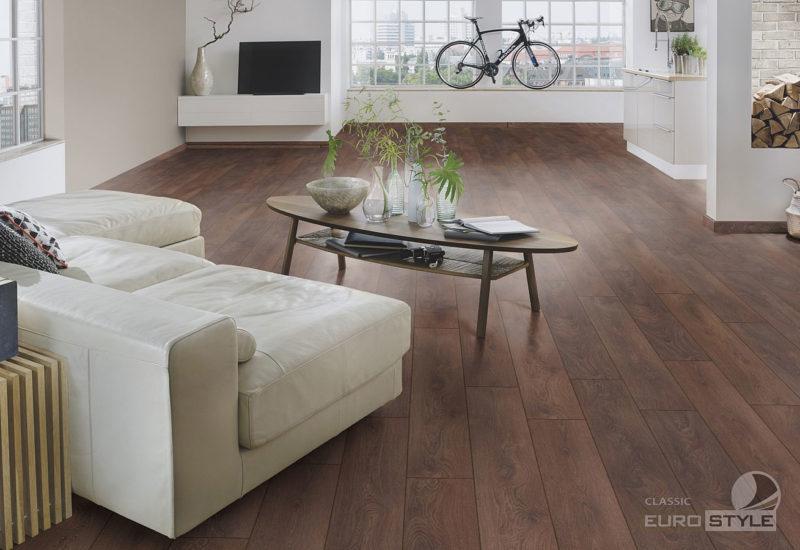 EUROSTYLE Shire Oak Classic Laminate Flooring